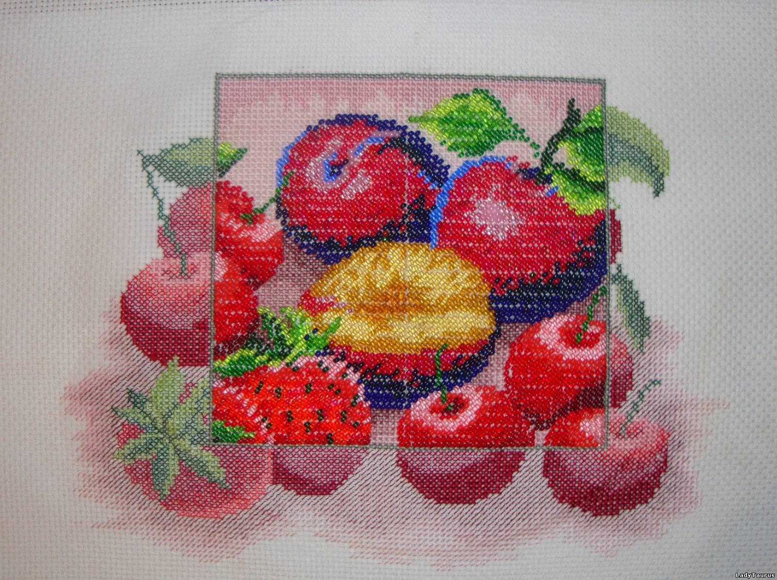 Вышивка фруктовое ассорти